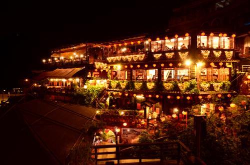 世界一周 ブログ 台湾の歴史を感じる散策旅 千と千尋の世界、九份へ。